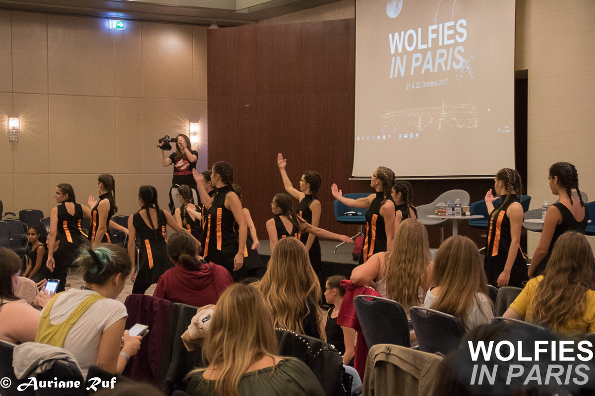 Live & Wolfies